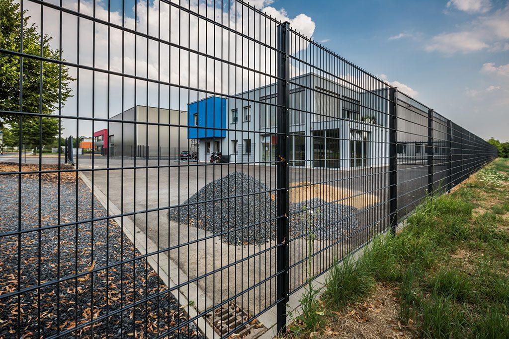 Doppelstabmatten aus Polen - der stabile, günstige Zaun